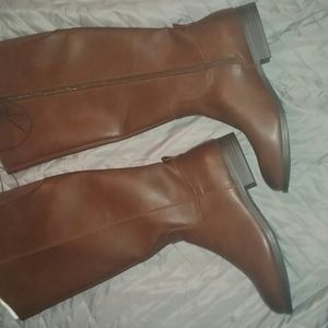 Women's brown riding boots size 8 nwot